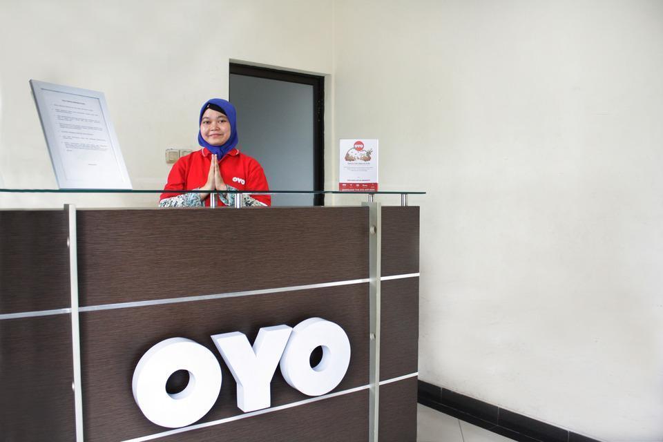 OYO 148 Cempaka Place Homestay Jakarta - Reception