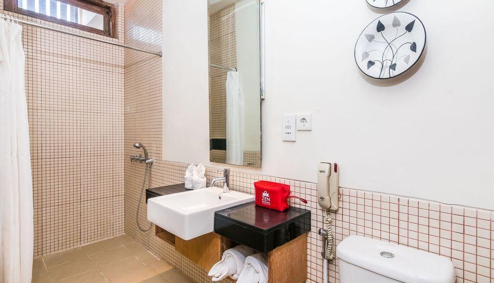 ZenRooms Badung Nyangnyang Sari - Kamar mandi