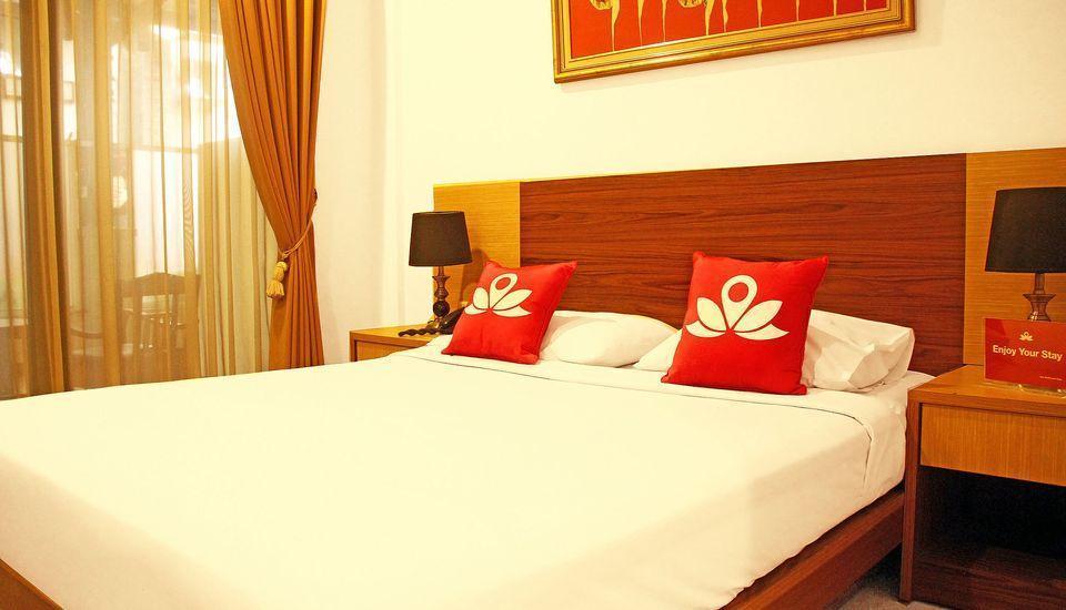 ZEN Rooms Riau Martadinata Bandung - Double Room Regular Plan
