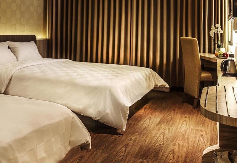 M Premiere Hotel Bandung - Executive Triple
