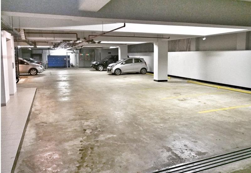 M Premiere Hotel Bandung - Basement Parking Lot