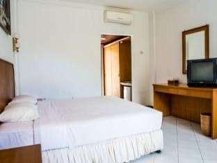Kuta Indah Hotel Lombok - Bungalow Room Regular Plan