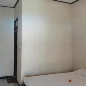 Kuta Indah Hotel Lombok - Standard Room With Fan No Breakfast Regular Plan