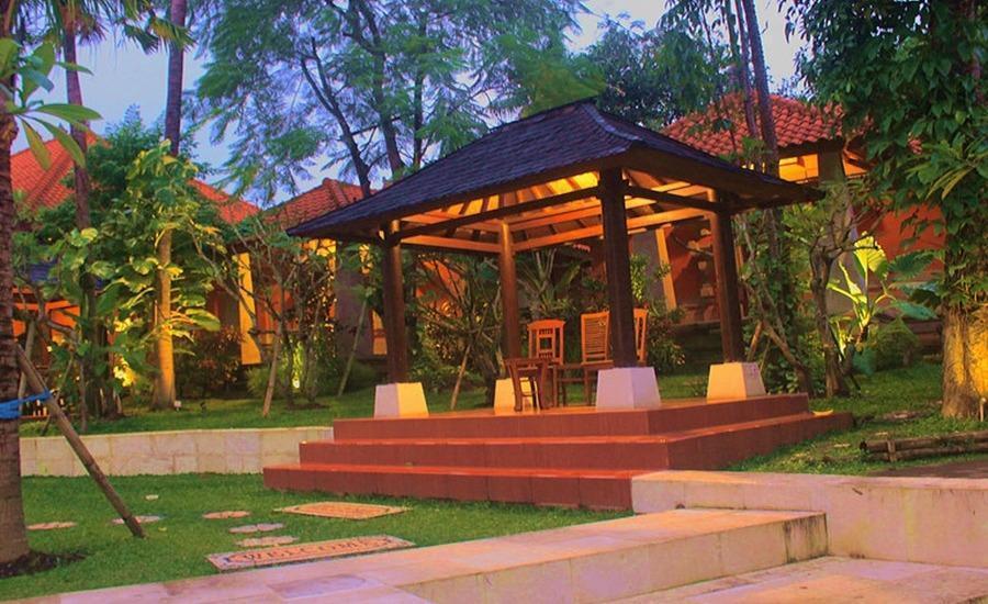 Ubud Hotel & Cottages Malang Malang - Eksterior