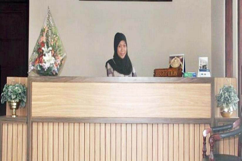 Hotel Cepu Indah Cepu - Resepsionis
