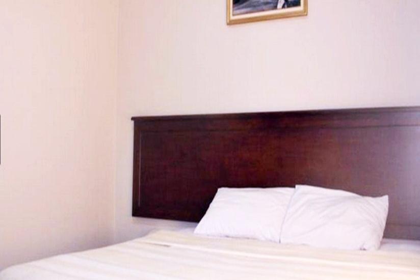 Hotel Cepu Indah Blora - Kamar Tamu