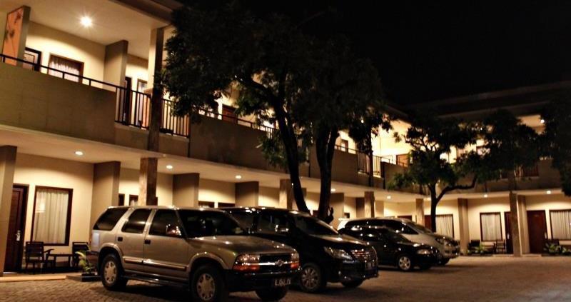 Hotel Cepu Indah Cepu - view