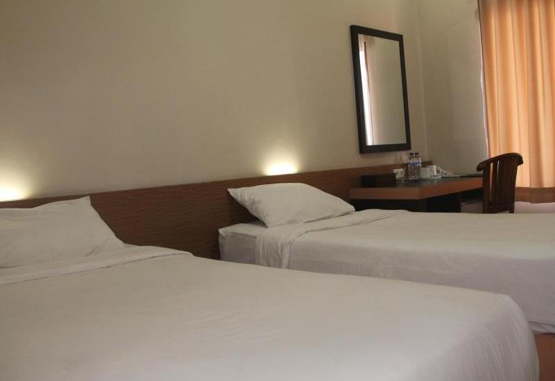 Hotel Cepu Indah Cepu - Standard Room Regular Plan