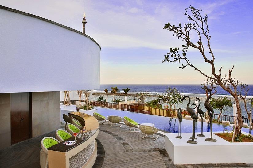 Samabe Bali Resort & Villas Bali - Pool Bar