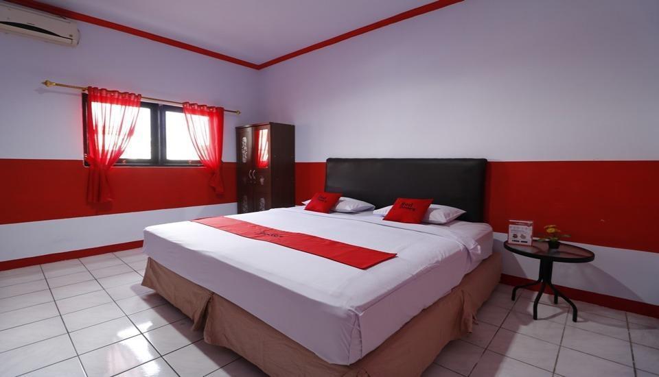 RedDoorz Plus @ Samratulangi Manado Manado - Room