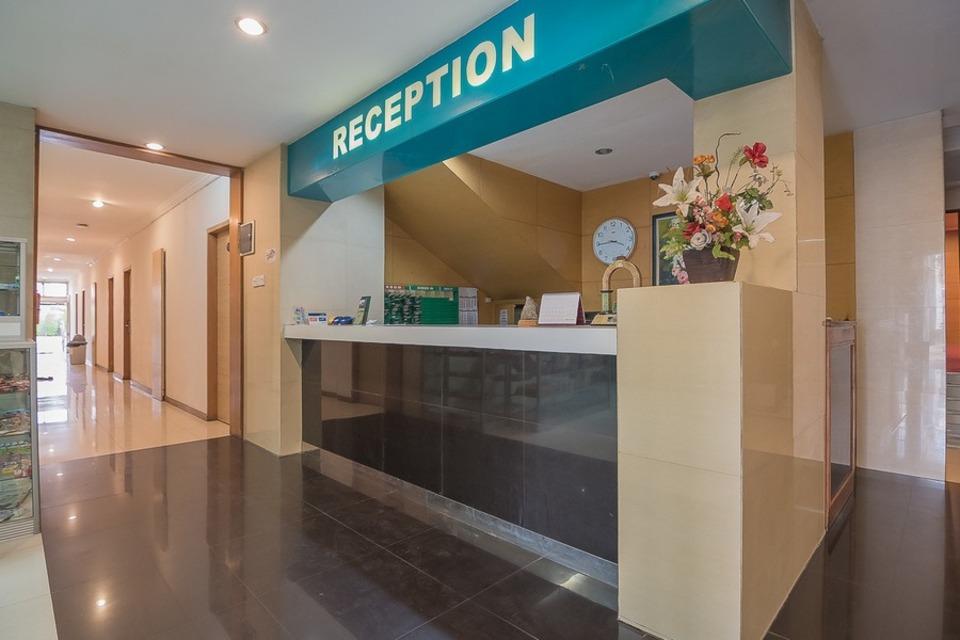 RedDoorz @ Hotel Arimbi Baru Dewi Sartika