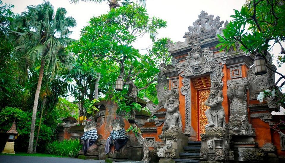 Puri santrian Bali - Gerbang masuk