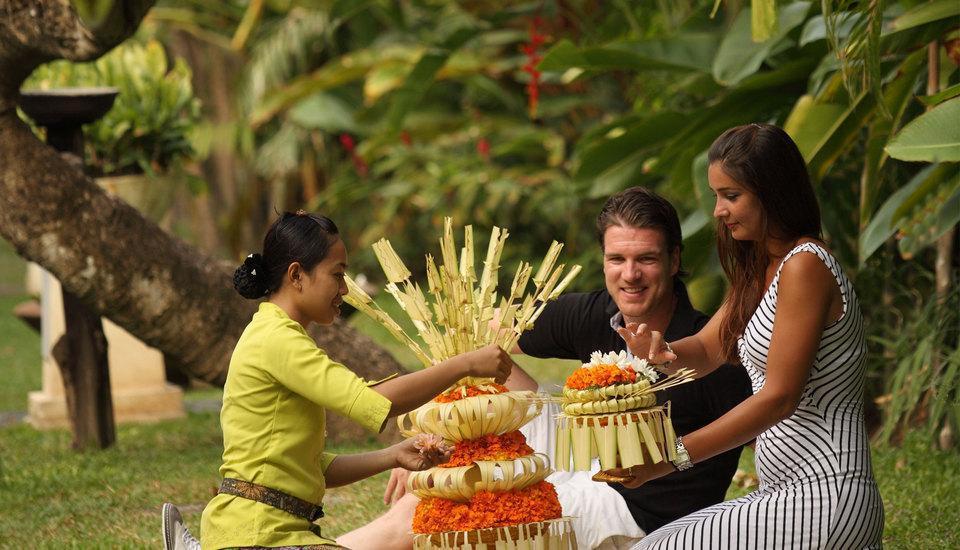 Puri santrian Bali - Kegiatan