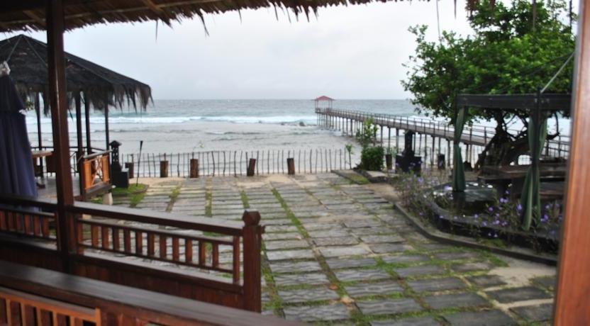 La Merry Resort Manado - Pemandangan