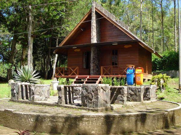 Cikole Resort Bandung - kamar Mahoni & puspa