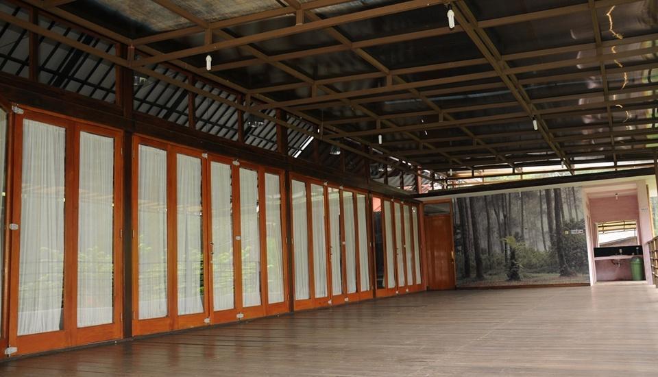 Cikole Resort Bandung - Hall
