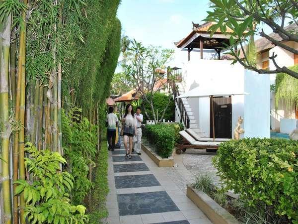 Kuta Lagoon Resort Bali - pemandangan
