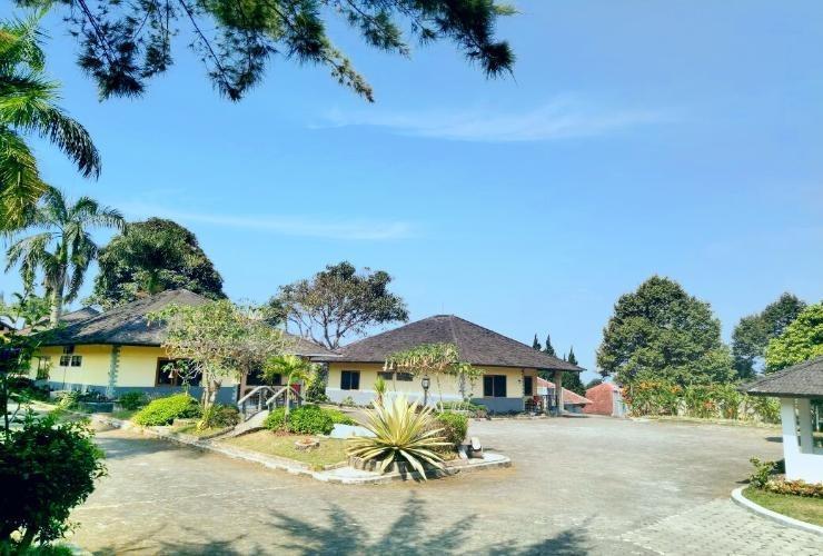 Lembah Sarimas Hotel Subang - Exterior