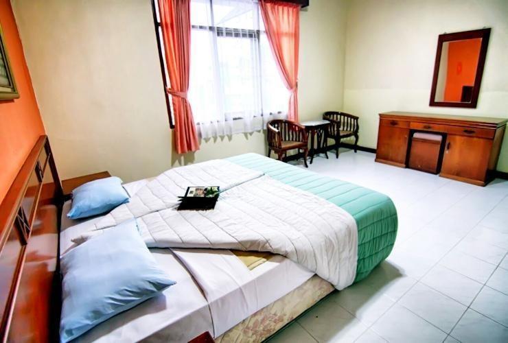 Lembah Sarimas Hotel Subang - Guest room