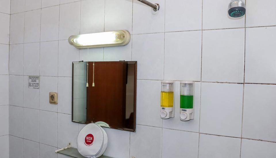 NIDA Rooms Sumur Bandung Kebon Sirih - Kamar mandi