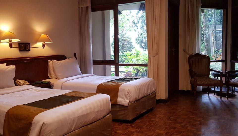 Puteri Gunung Hotel Lembang - Superior Flat Room Twin Bed Regular Plan