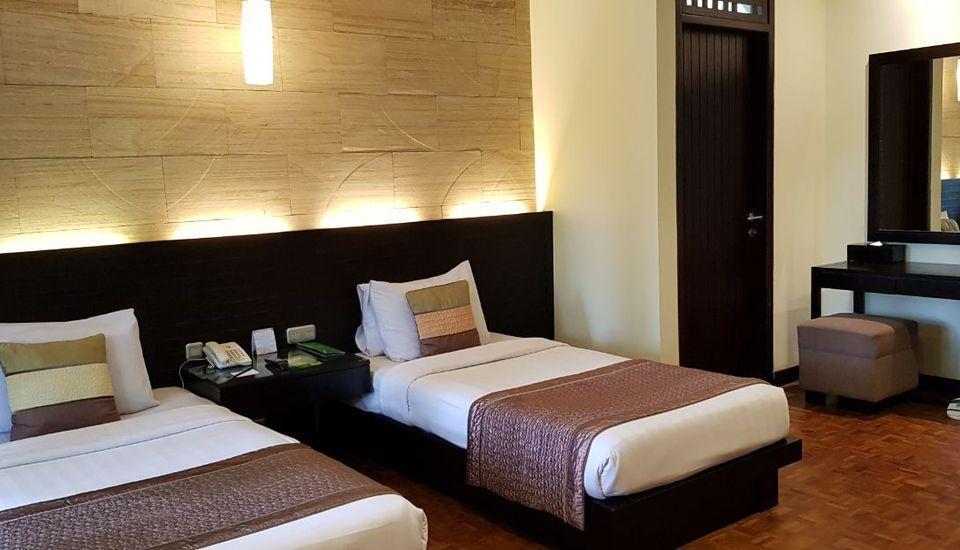 Puteri Gunung Hotel Lembang - Grand Deluxe Room Twin Bed Regular Plan