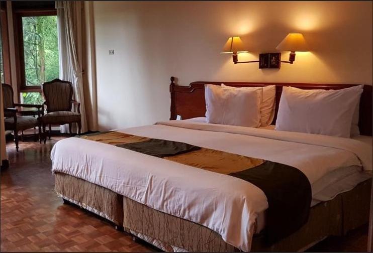 Puteri Gunung Hotel Lembang - Superior Flat Double