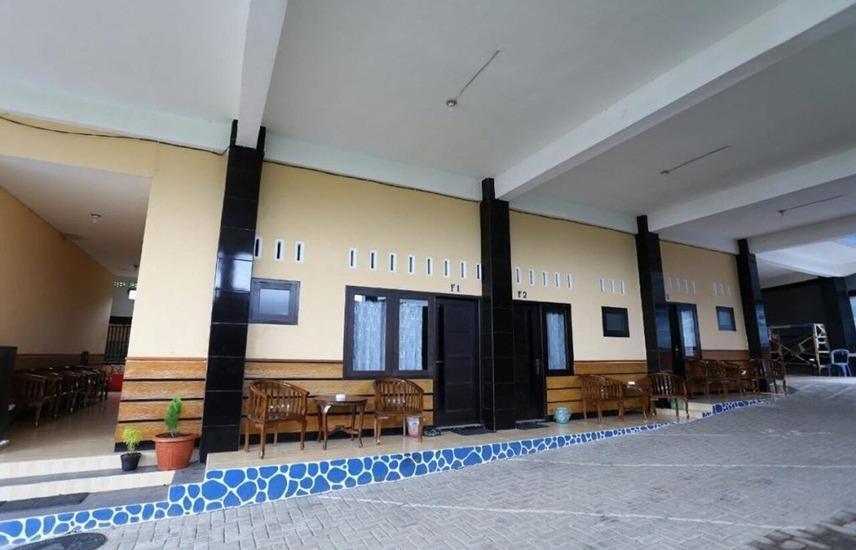 Batuque Town Villa Malang - Superior Family Room BOOK NOW