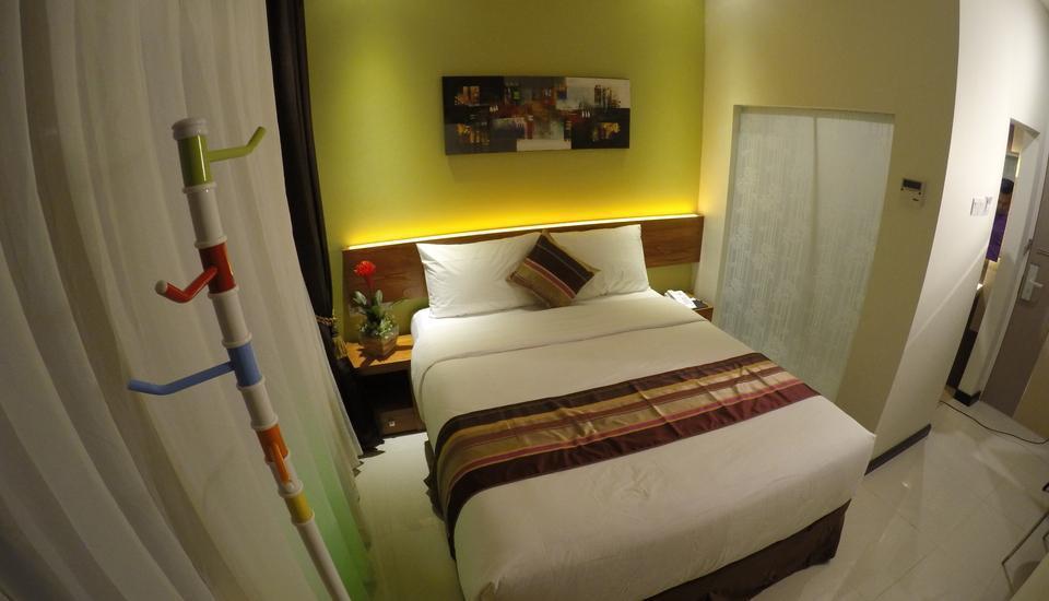 BIZ Boulevard Hotel Manado - Kamar Deluxe Double