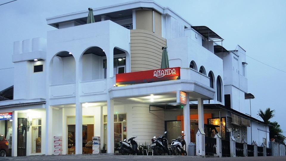 Ananda Hotel Padang - GAMBAR 7
