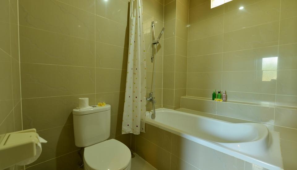 Kakiang Bungalow Bali - Kamar mandi di superior room
