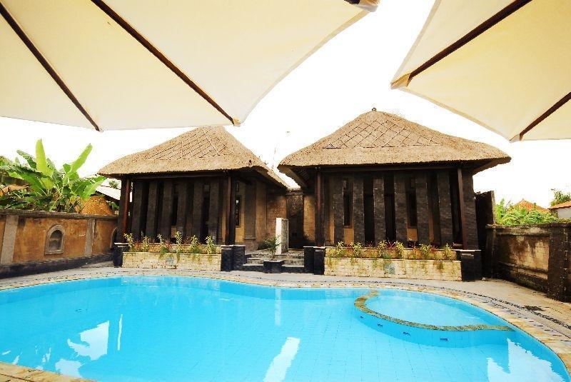 Kakiang Bungalow Bali - (10/Dec/2013)