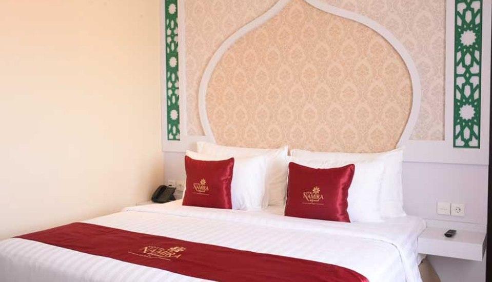 Namira Syariah Surabaya Hotel Surabaya - Executive Room