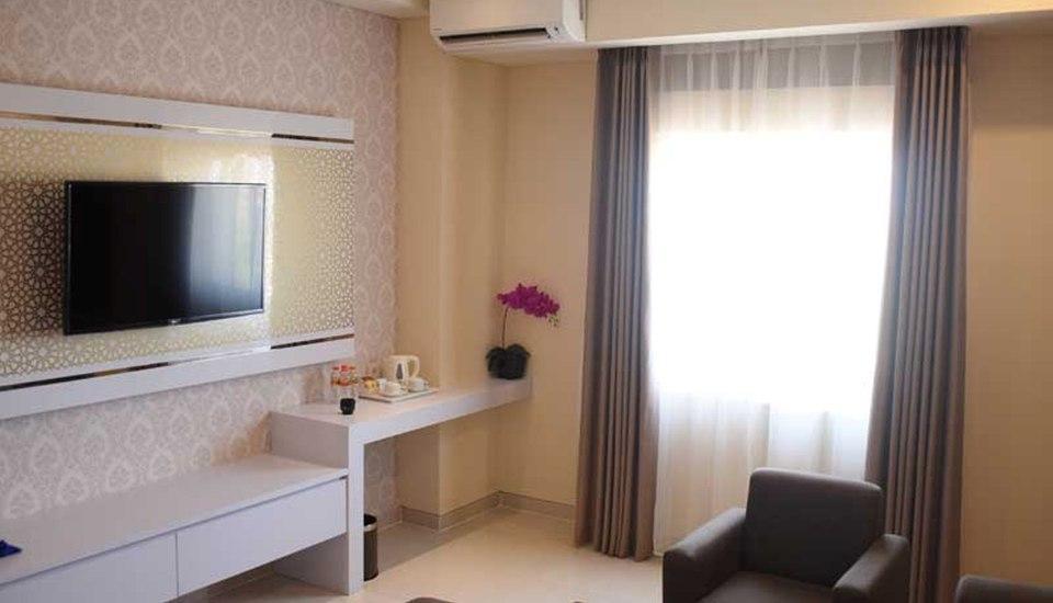 Namira Syariah Surabaya Hotel Surabaya - Suite Room