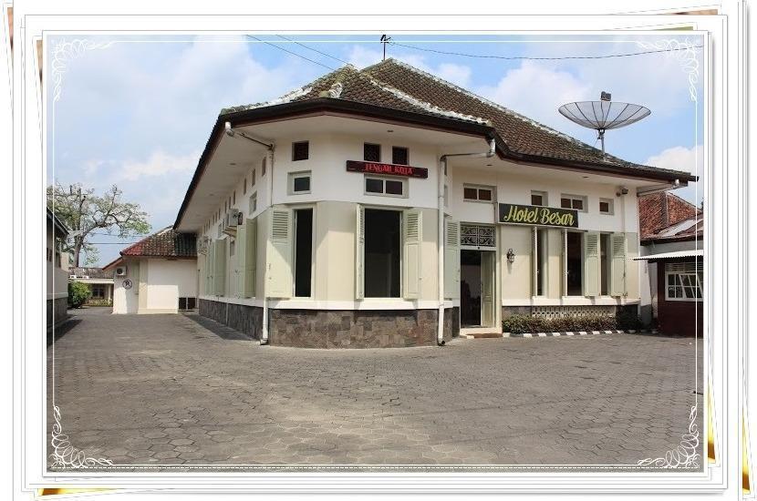 HOTEL BESAR Purwokerto - Hotel Besar