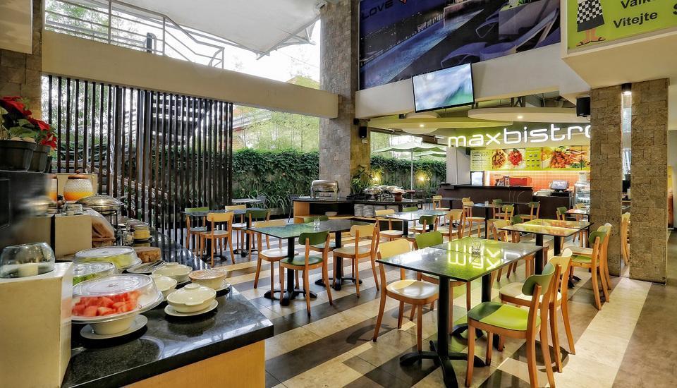 MaxOne Hotels Bukit Jimbaran - Restoran Bistro Max