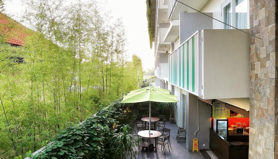 MaxOne Hotels Bukit Jimbaran - Balkon