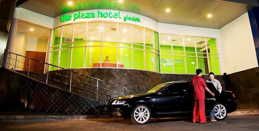 The Plaza Hotel Glodok - Tampilan Luar