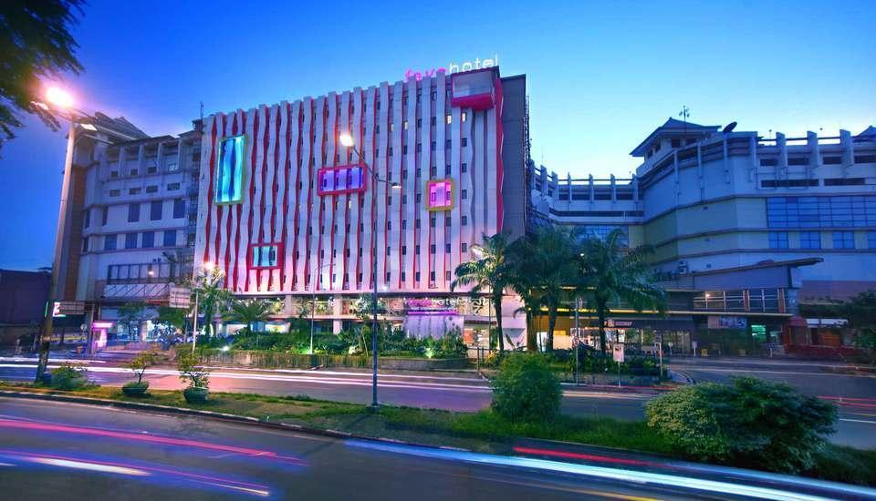 Fave Hotel Cililitan - Exterior
