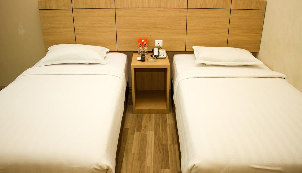 Putra Mulia Hotel Medan - Kamar Superior Twin