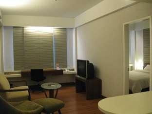 Grand Cikarang Hotel Bekasi - Kamar Junior Suite