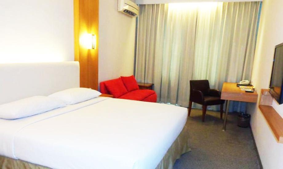 Grand Cikarang Hotel Bekasi - Kamar Executive Deluxe Regular Plan