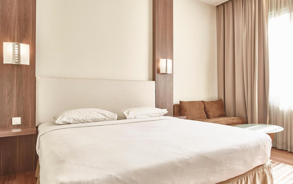 Grand Cikarang Hotel Bekasi - Kamar Executive Deluxe