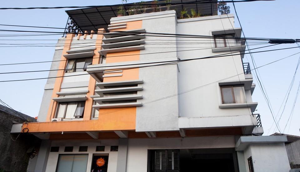 The Guesthouse Cipedes Bandung - Exterior