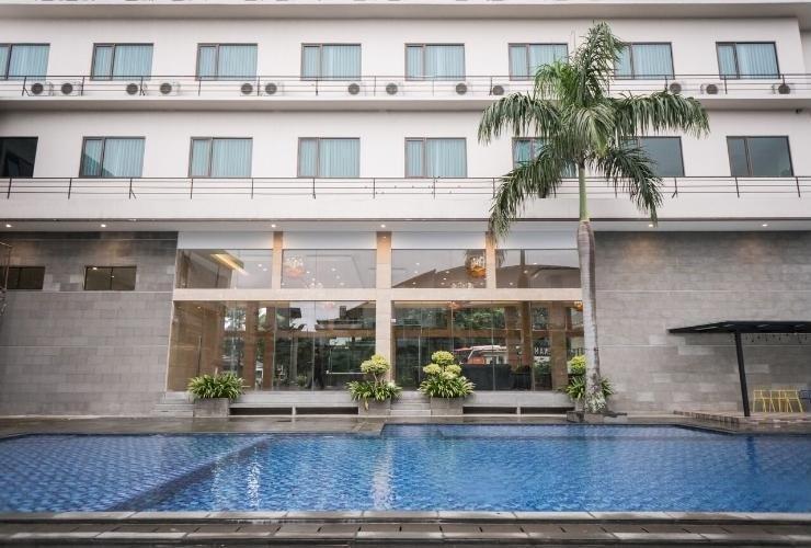 Novena Hotel Bandung Bandung - Swimming Pool