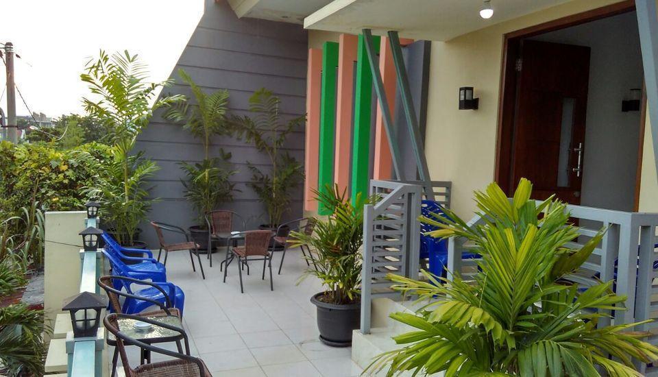 Omah Denaya Hotel Surabaya - Teras