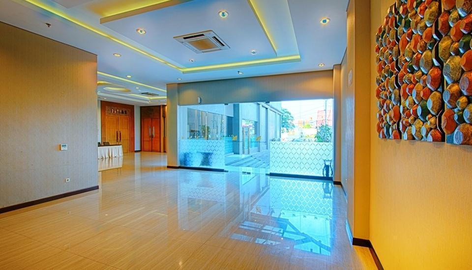 Noormans Hotel Semarang - Pre-function