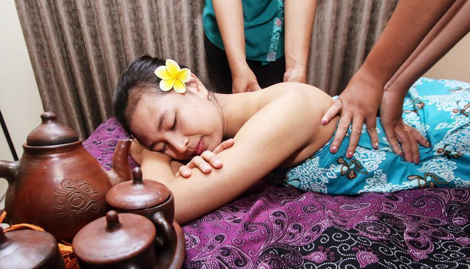 Noormans Hotel Semarang - Massage & SPA