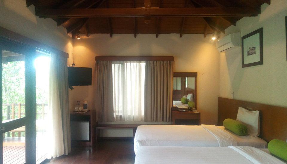 The Green Forest Resort Bandung - Cottage Twin Room Regular Plan