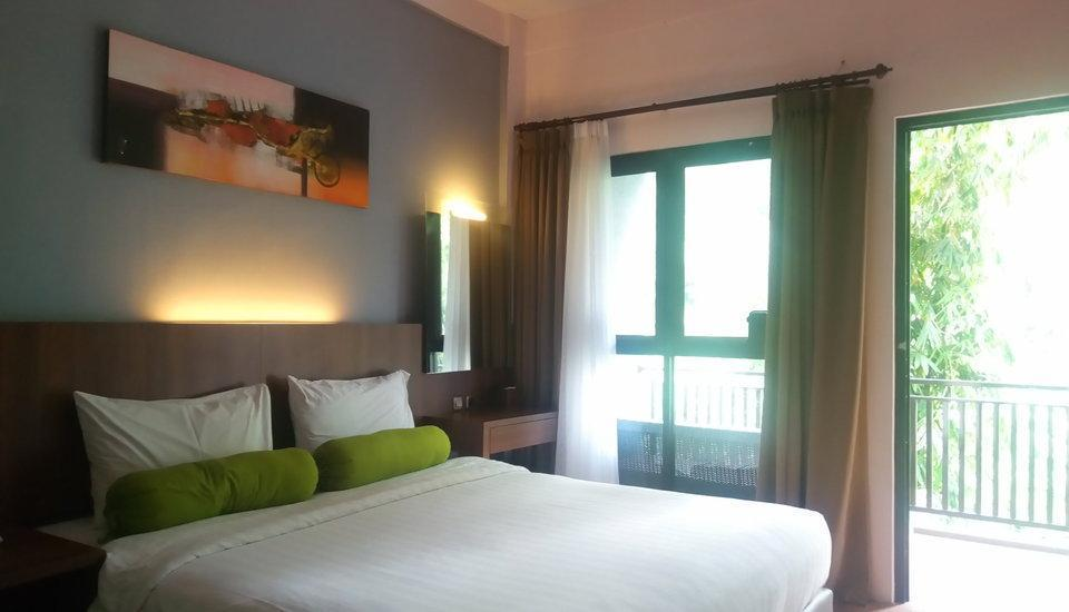 The Green Forest Resort Bandung - Superior King Room Only  Regular Plan
